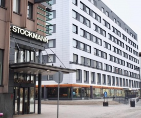 """2ndhomes Tampere """"Stockmann"""" Apartment - Downtown Apt with Balcony next to Restaurants"""