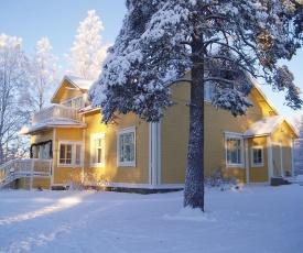 Guest House Pihlajapuu