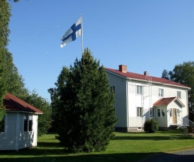 Firelake Guest House and Camping