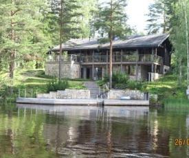 Holiday Home Villa pinjaranta