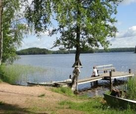 Isotalo Farm at enäjärvi lake