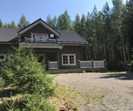 Riekamo Cottage