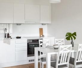 Kirjokansi Tapiola Apartment